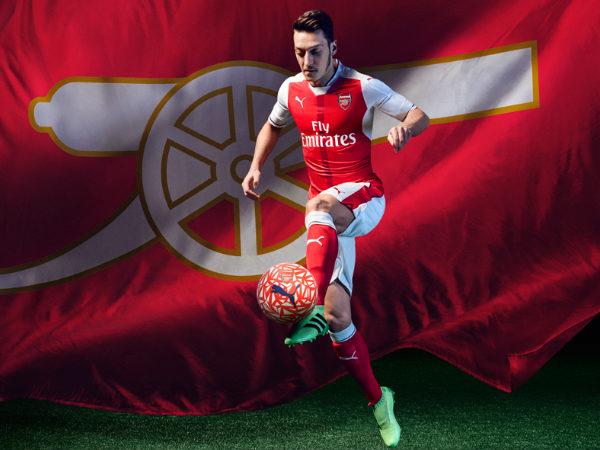outlet store 162a4 5ea95 Photos: Arsenal FC home kit for the 2016-17 season - myKhel