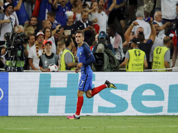 Antoine Griezmann celebrates after a scoringa goal for France