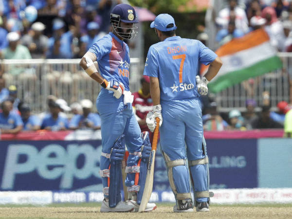 Rahul (left) and Dhoni during their partnership in 1st T20I