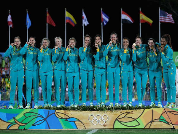 The Australian women s rugby team after winning gold medal (Image courtesy   Rio Olympics 2016 fdb301e1c5
