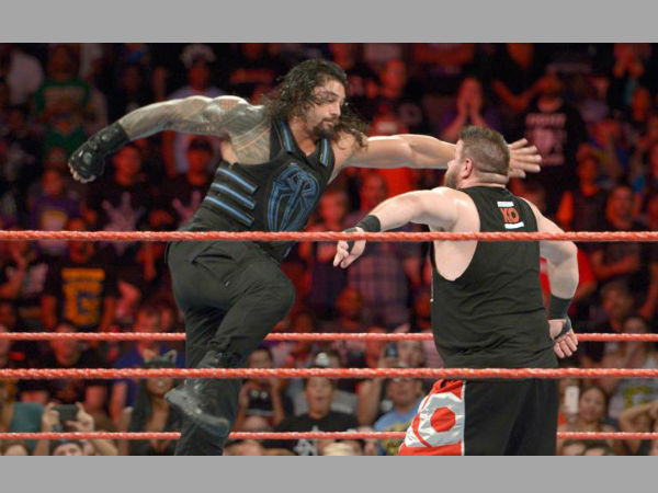 Reigns Vs Owens on WWE Raw (image courtesy WWE.com)