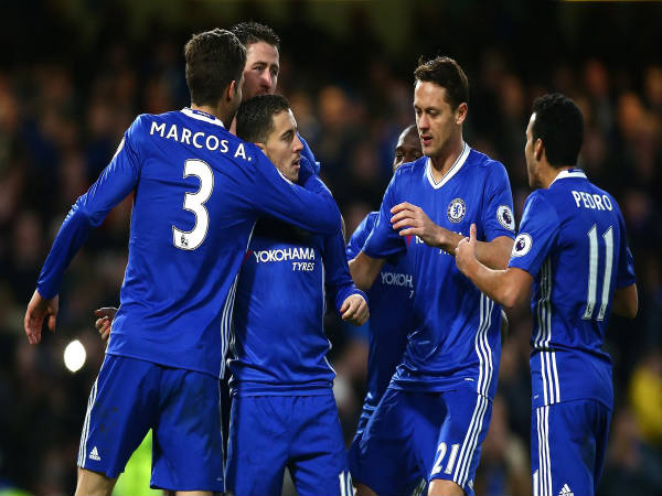Chelsea players celebrate (Image courtesy: Chelsea Twitter handle)