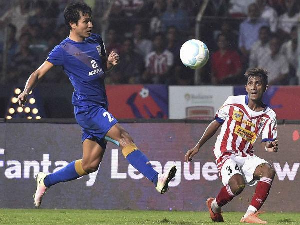 Atk Face Tough Mumbai Battle In Isl Semi Final First Leg