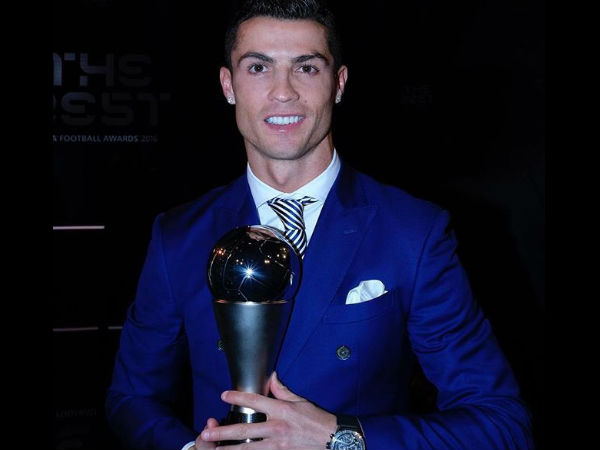 Cristiano Ronaldo beats Messi, Griezmann to win FIFA best player award