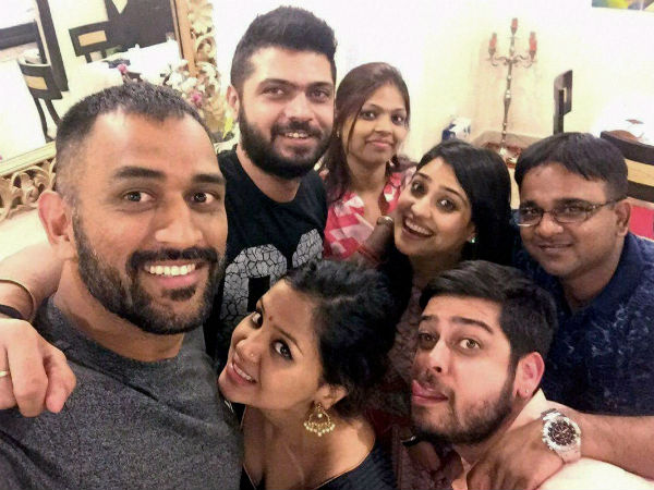 MS Dhoni with his family and friends
