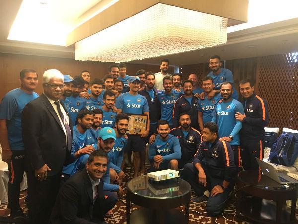 Virat Kohli Felicitates Ms Dhoni Honours Captain Cool Unique Memento