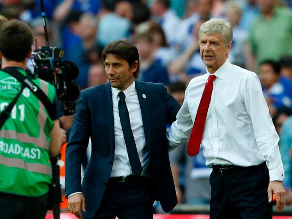 Antonio Conte (left) and Arsene Wenger (Image courtesy: Twitter)