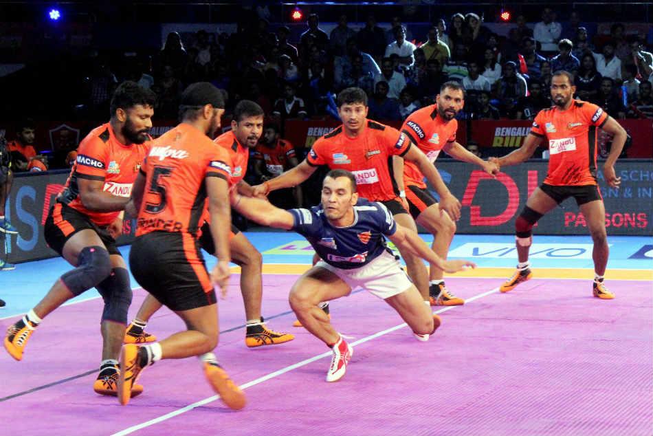 Pro Kabaddi League 2017 U Mumba Beat Dabang Delhi 32 22