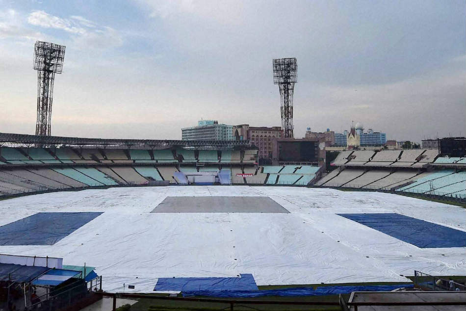 India Vs Australia Washout Threat Looms Over 2nd Odi As Rain Continues Kolkata