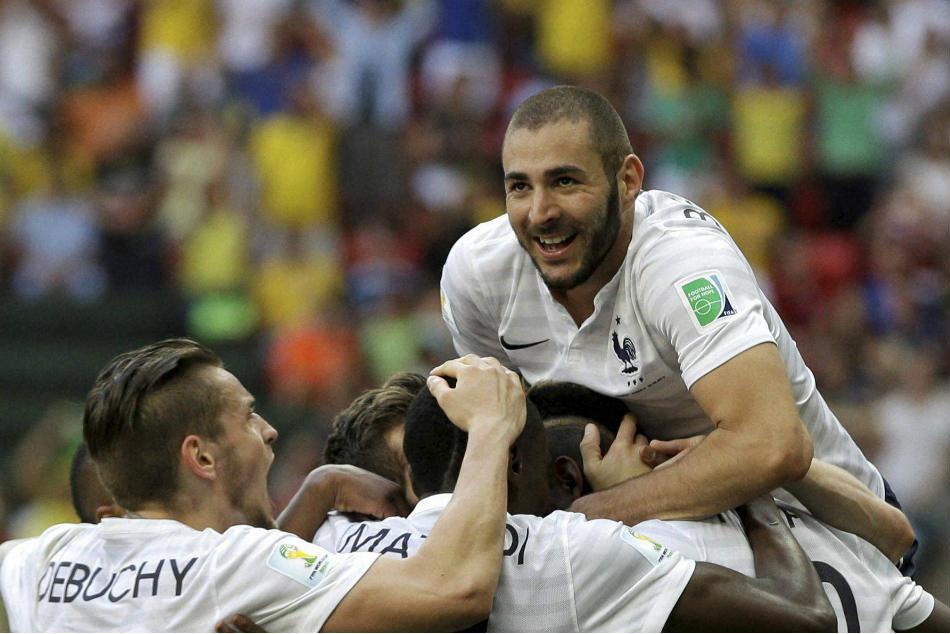 Real Madrid Striker Karim Benzema Agrees New Deal