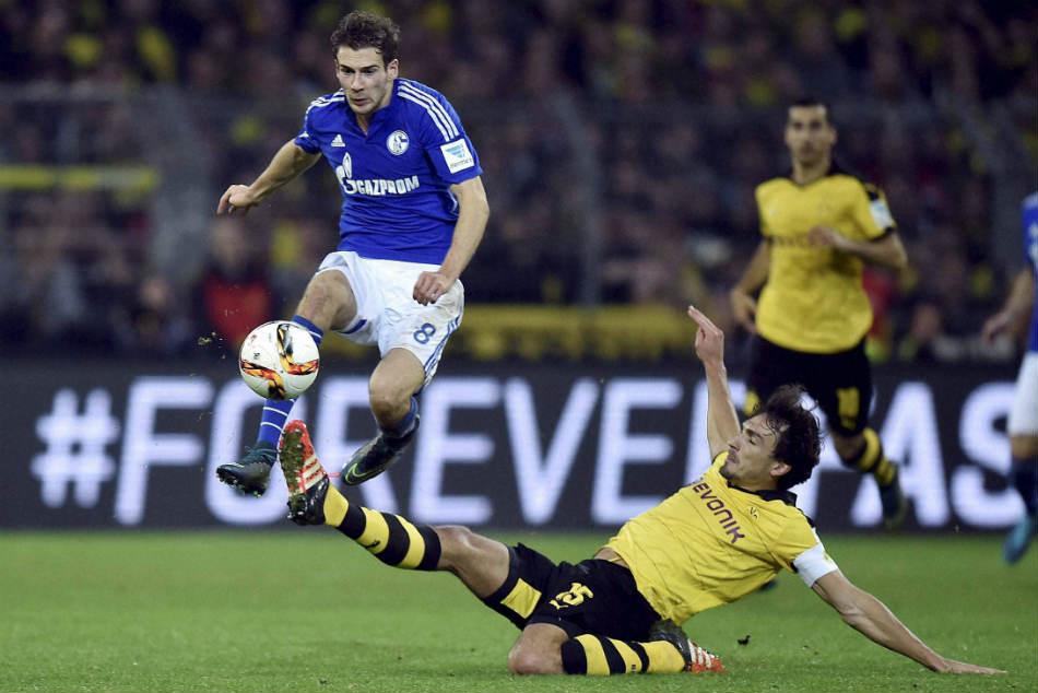 Reports Schalke Midfielder Leon Goretzka Prefers Barcelona Bayern Premier League Clubs