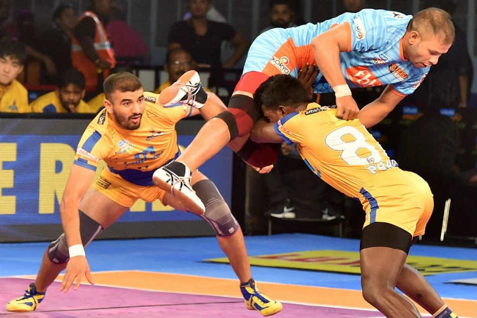 Pkl 2017 Pink Panthers Stun Gujarat Fortunegiants Bengal Warriors Pip Tamil Thalaivas
