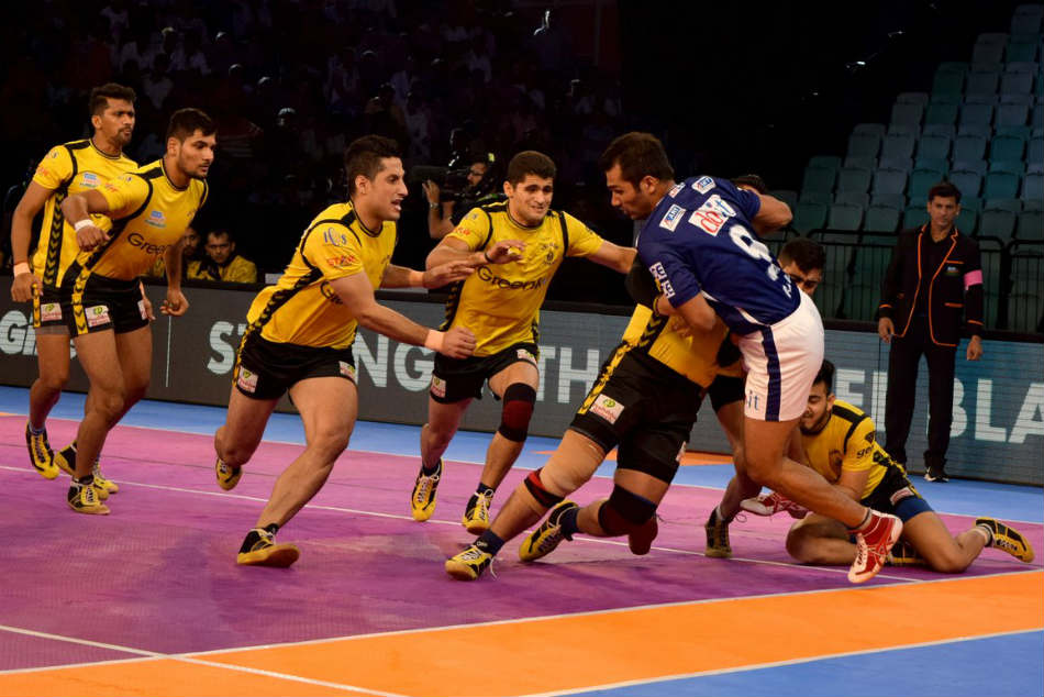 Pkl 2017 Rahul Chaudhari Leads From Front As Telugu Titans Crush Dabang Delhi 44
