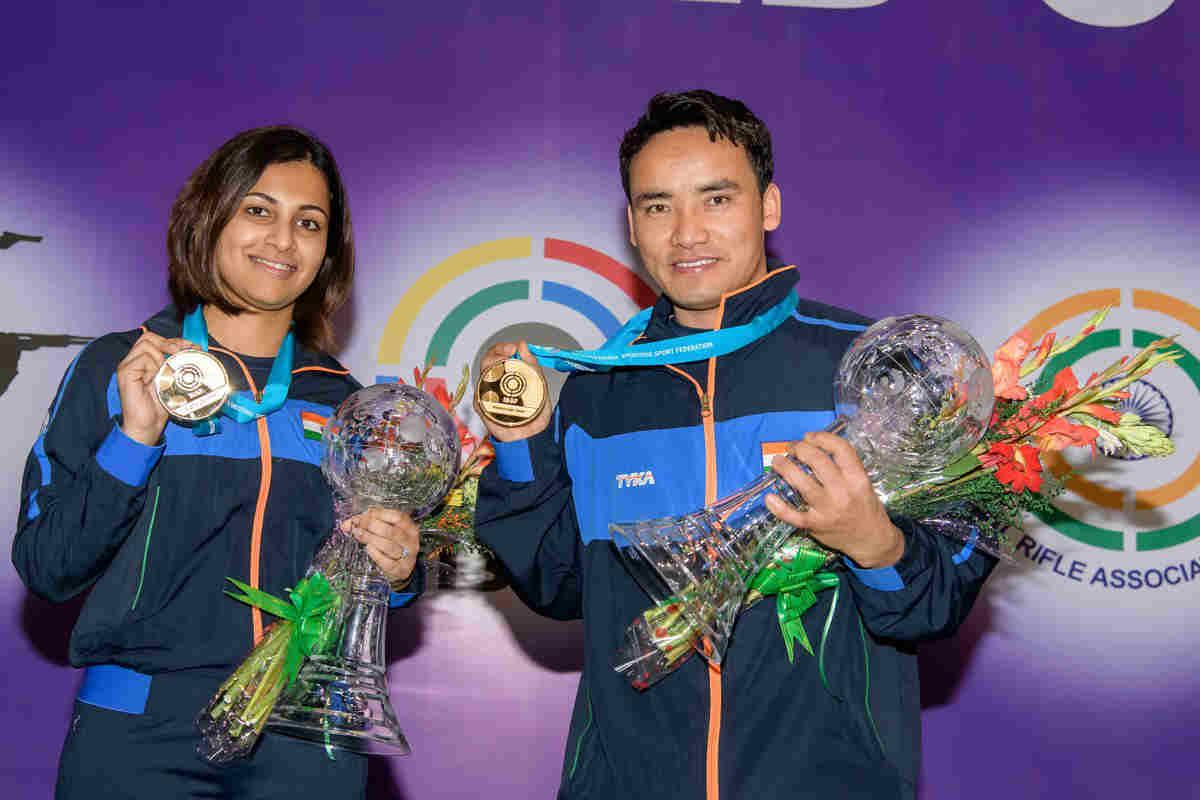 Jitu Rai, Heena Sidhu clinch gold as India start campaign ...