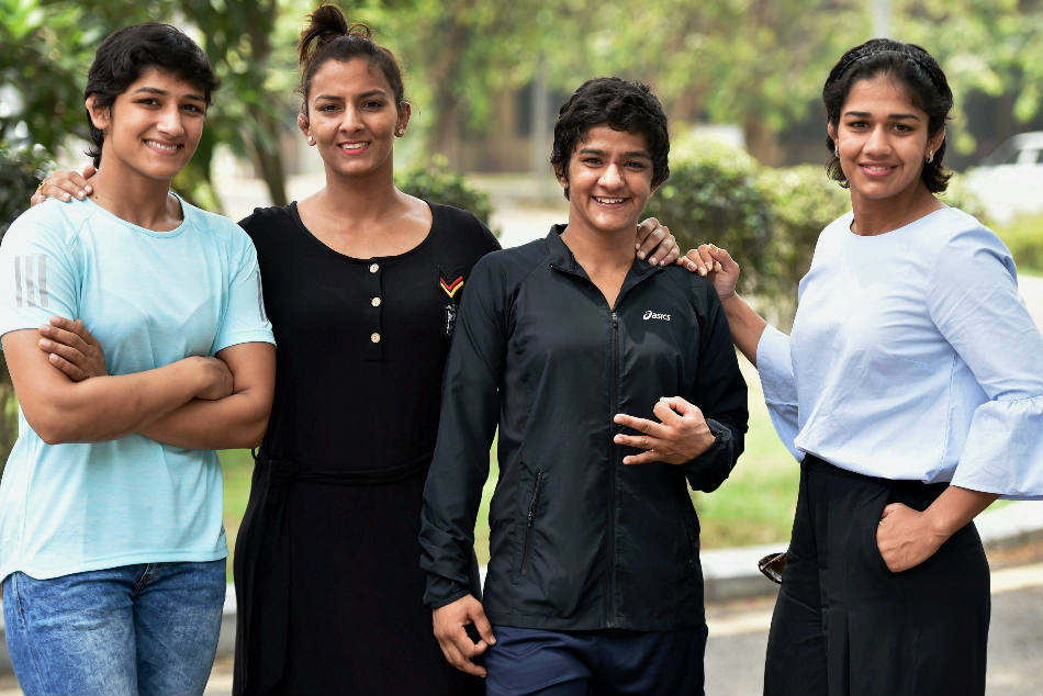 Mahavir Singh Phogat's daughter (from left) Sangeeta, Geeta, Ritu and Babita.