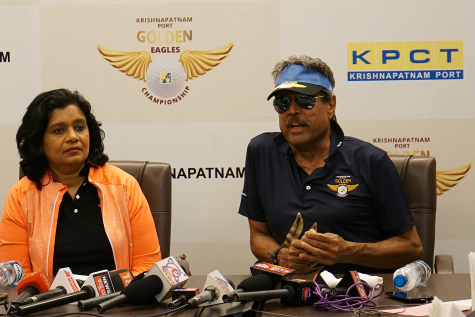 Kapil Dev, who enjoys the game of golf, was present at the Prestige Golfshire Course to cheer on the golfers.