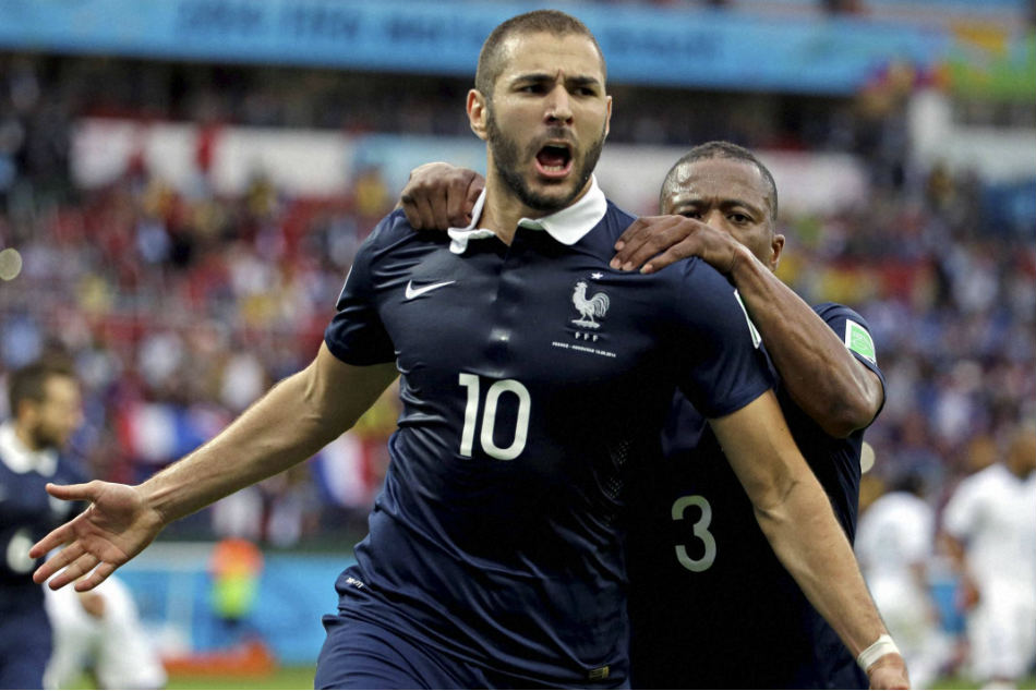 Michael Owen says he has Karim Benzema to thank for his Manchester United move