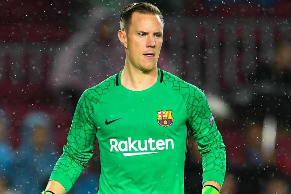 Iniesta Hails Splendid Ter Stegen As Barcelona Seal Last 16 Spot