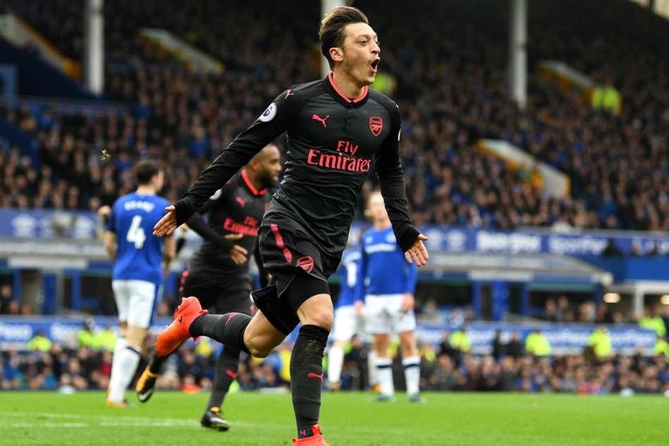 Arsenal's Mesut Ozil celebrates