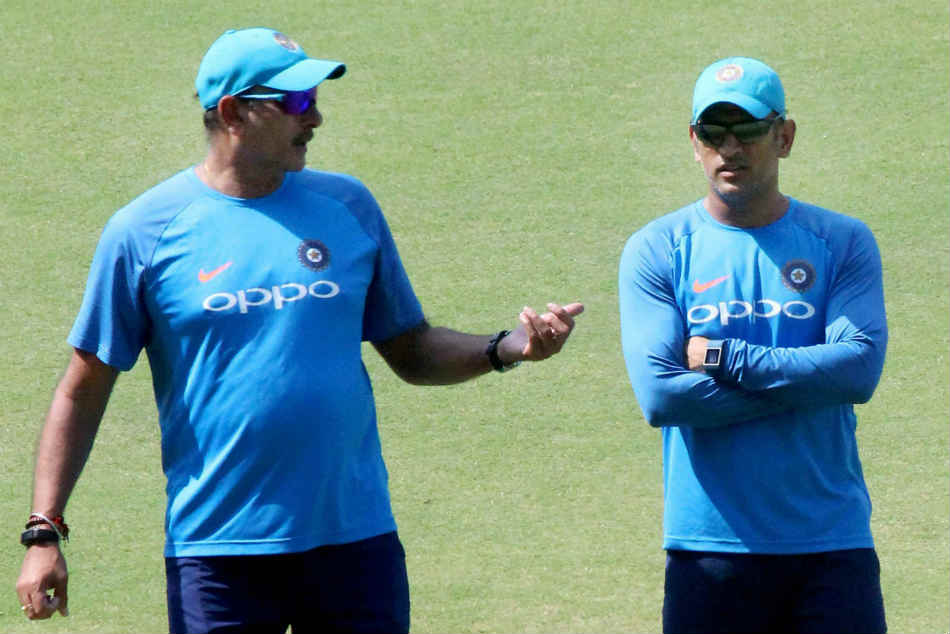 Ravi Shastri with MS Dhoni