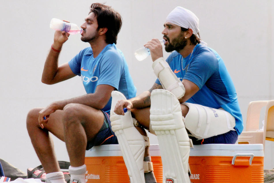 Shankar Can Be Back Up All Rounder Kohli