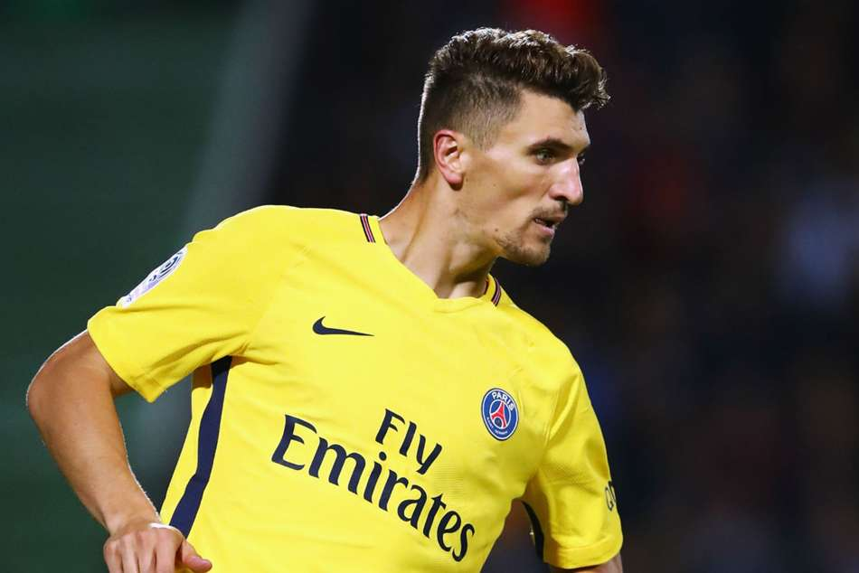 Meunier rejected Chelsea move to fight for PSG place