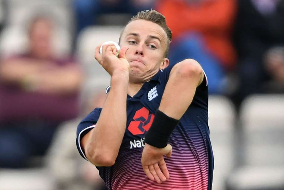England call on Curran to replace injured Finn in Ashes squad
