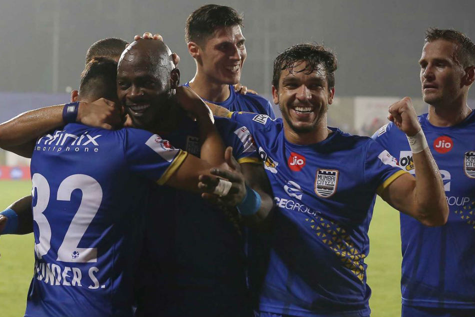 Mumbai Host Struggling Atk