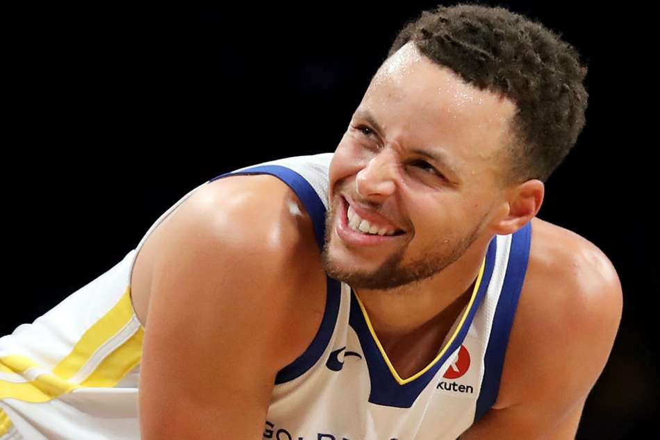 Warriors star Stephen Curry ruled out for two weeks