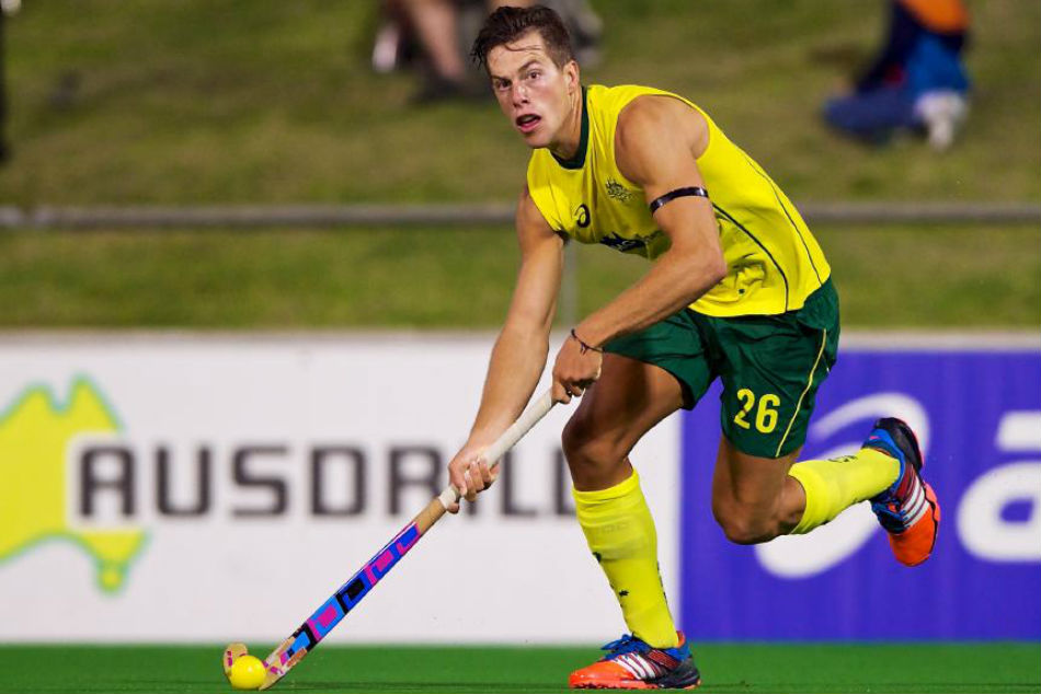 Oz Player Wotherspoon Strips Lgbt Community