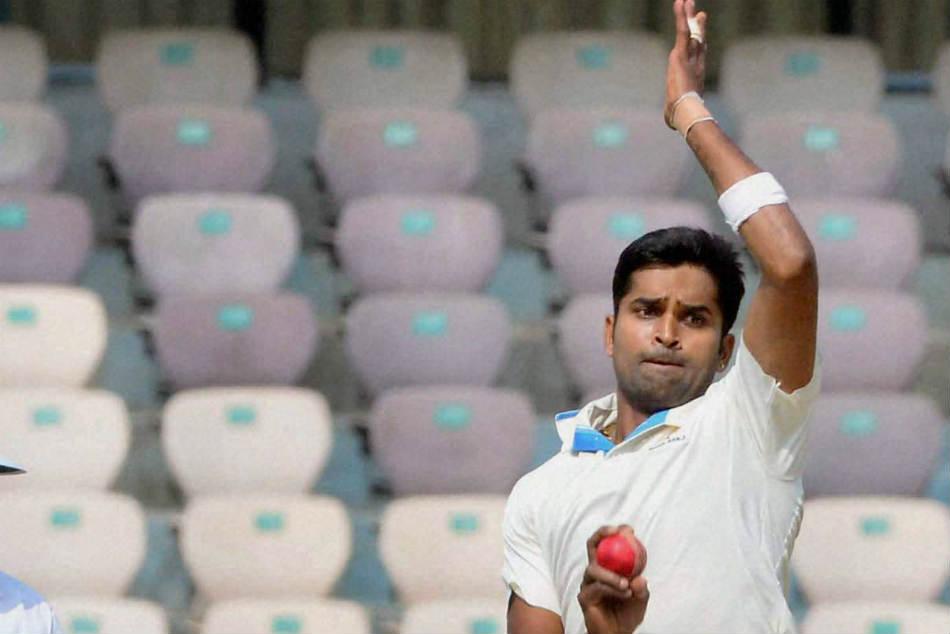 Vinay Kumar Burst Propels Karnataka Against Mumbai
