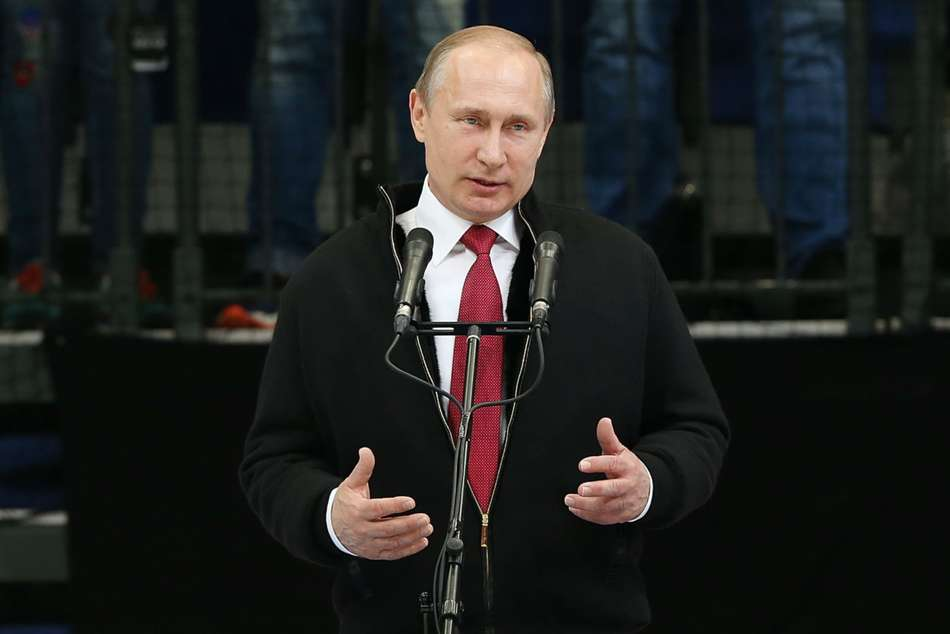 The president of Russia, Vladimir Putin, gives the green light to athletes from his country to compete as neutrals