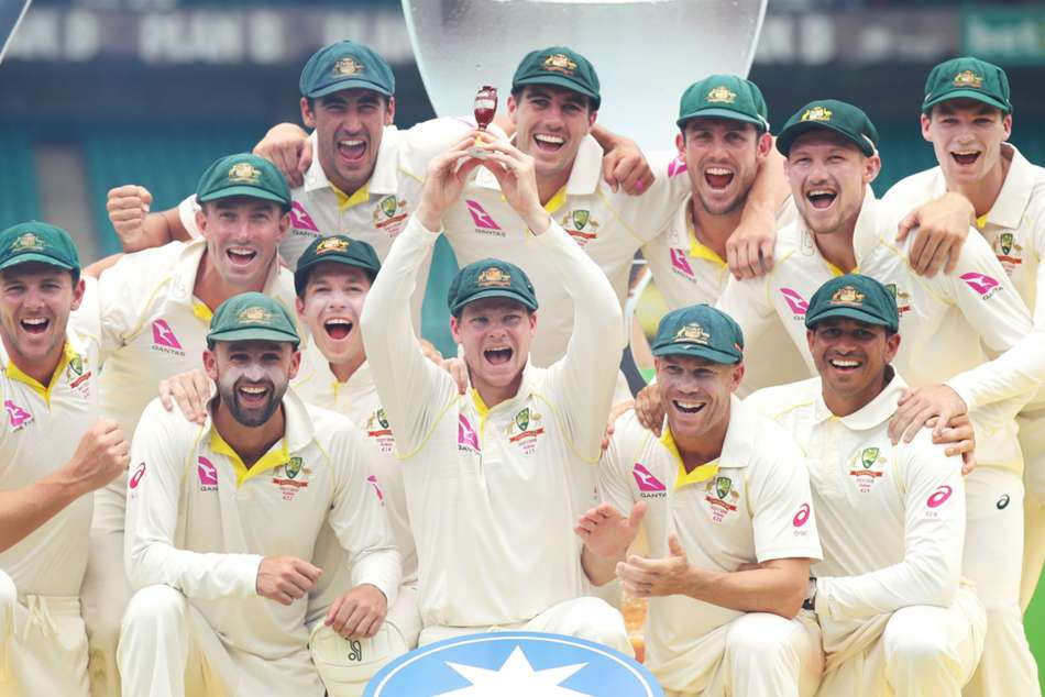 Australian team celebrate Ashes triumph
