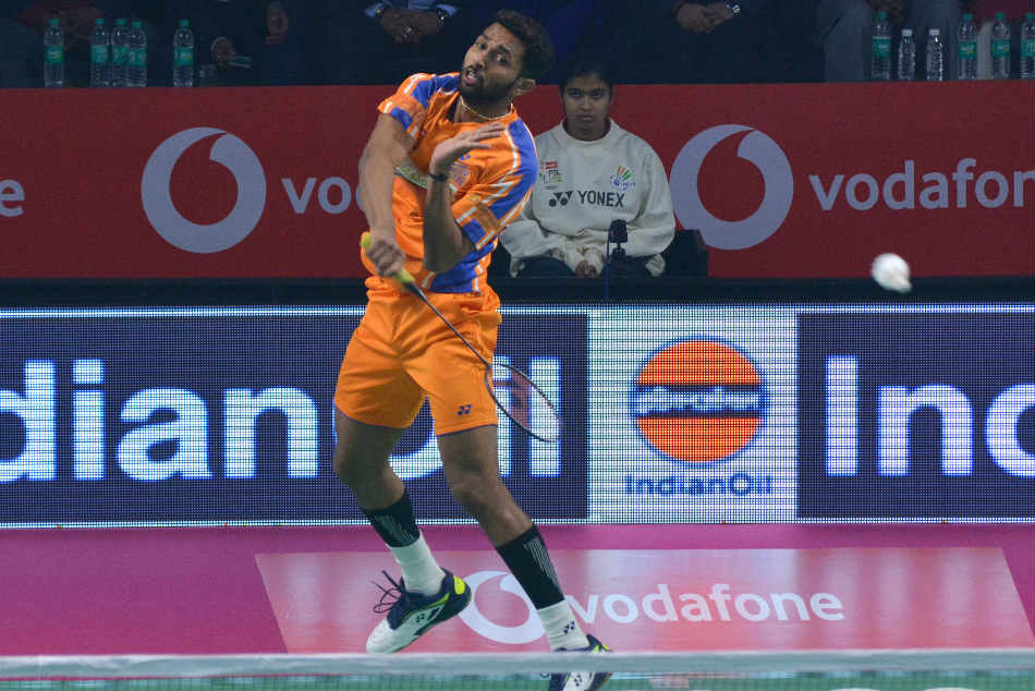 Prannoy Downs Srikanth But Ahmedabad Lose Awadhe Pbl