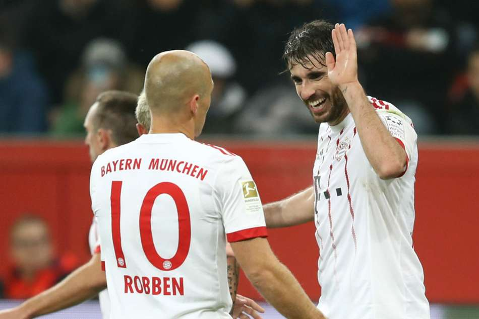 Bayer Leverkusen 1 Bayern Munich 3 Leaders Open Up 14 Point Lead With Comfortable Win
