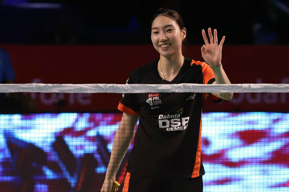 Sung Ji Hyun of Delhi Dashers celebrates after beating Michelle Li of North Eastern Warriors during their PBL match