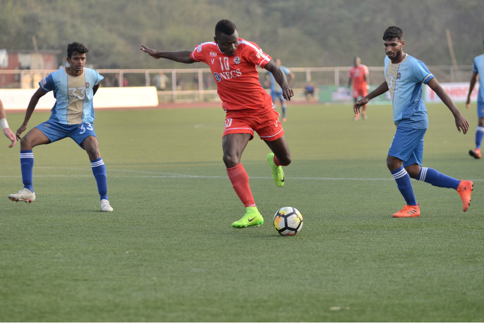 Zikahi Leonce Dodoz of Aizawl FC makes an attempt against Chennai City FC during their I-League match (Image: AIFF Media)