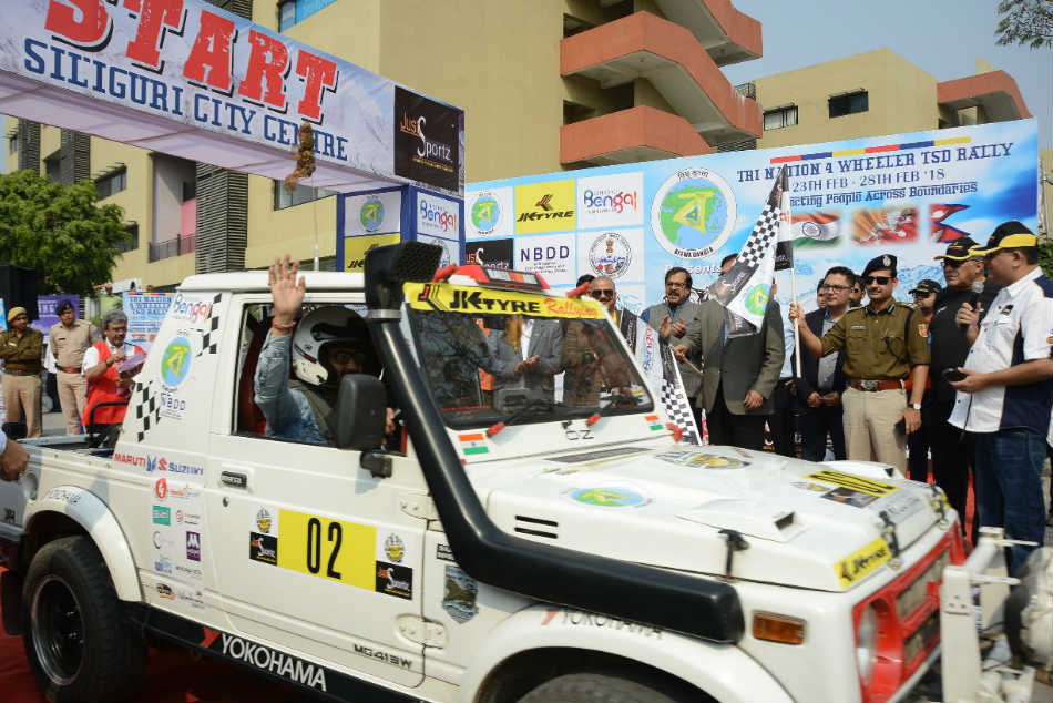 Tri Nation Jk Tyre Himalayan Drive Flagged Off From Siliguri