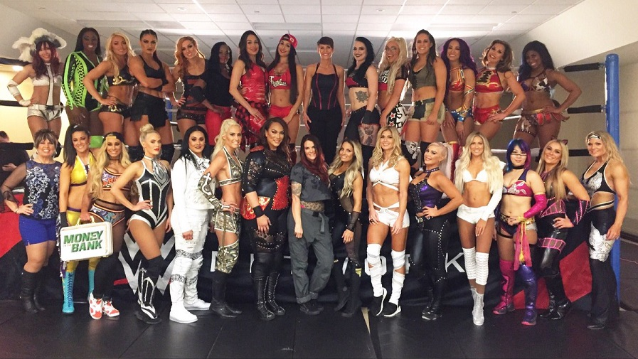 Participants of Women's Royal Rumble (image courtesy Twitter)