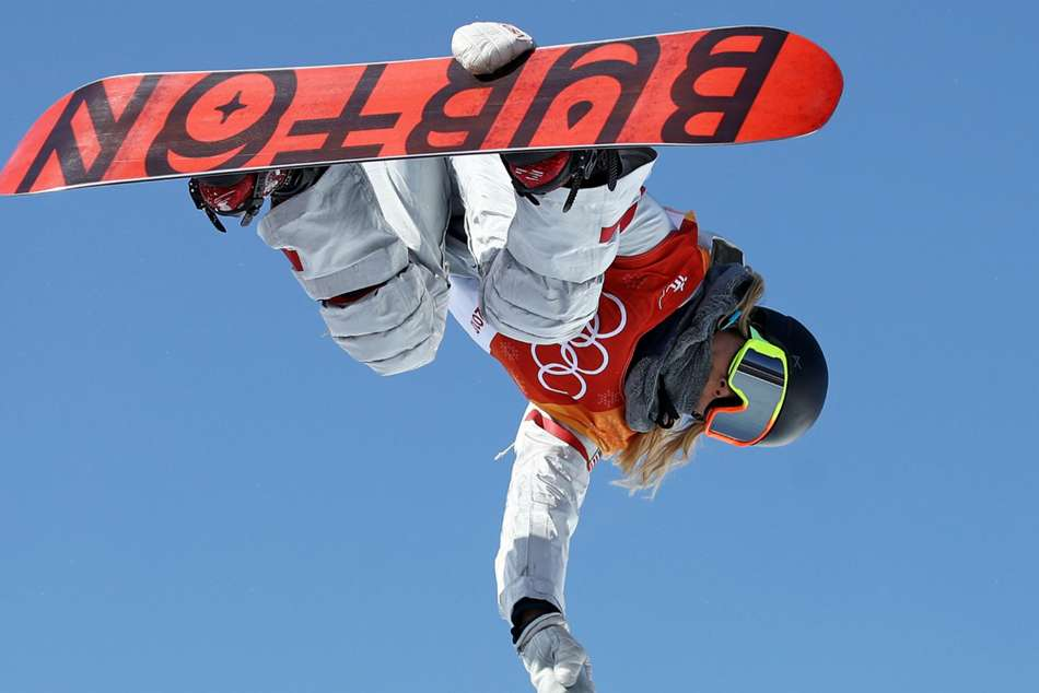 USA's snowboarder Chloe Kim in action