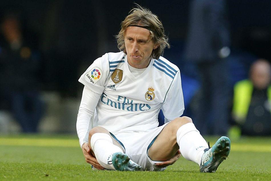 Luka Modric Sustains Injury Joins Madrid S Growing Injury List