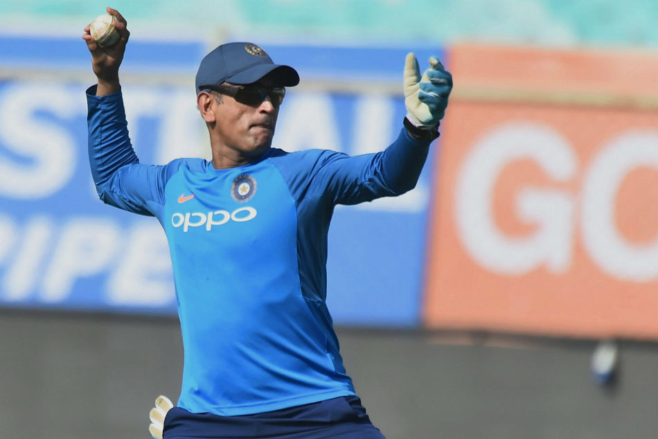 India Vs South Africa: MS Dhoni bowls leg spin in the nets