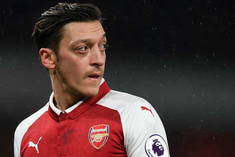 Everyone Knew Mesut Ozil Stay Arsenal Hector Bellerin