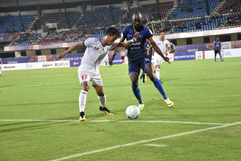 Super Cup Willis Plaza S Brace Helps Churchill Brothers Outwit Delhi Dynamos Qualifiers