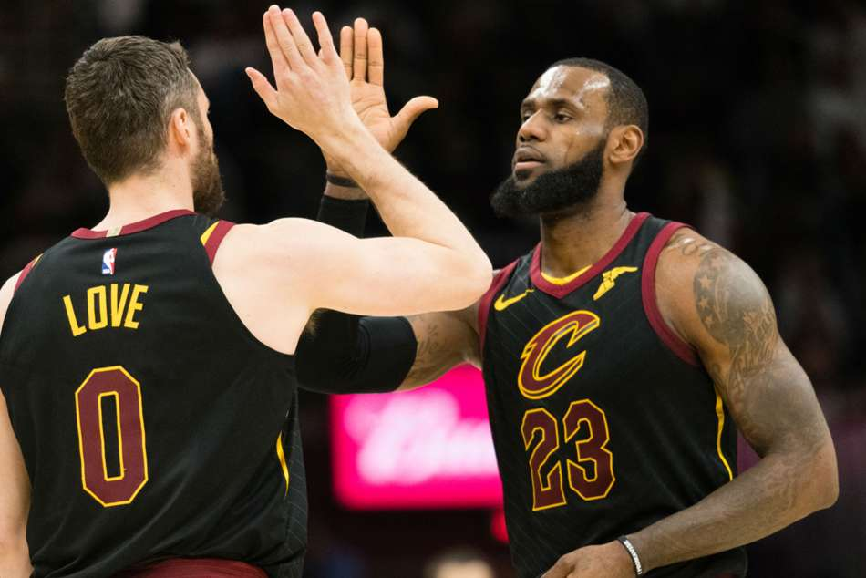 Nba Lebron Triple Double Powers Cavs Past Bucks As Love Returns
