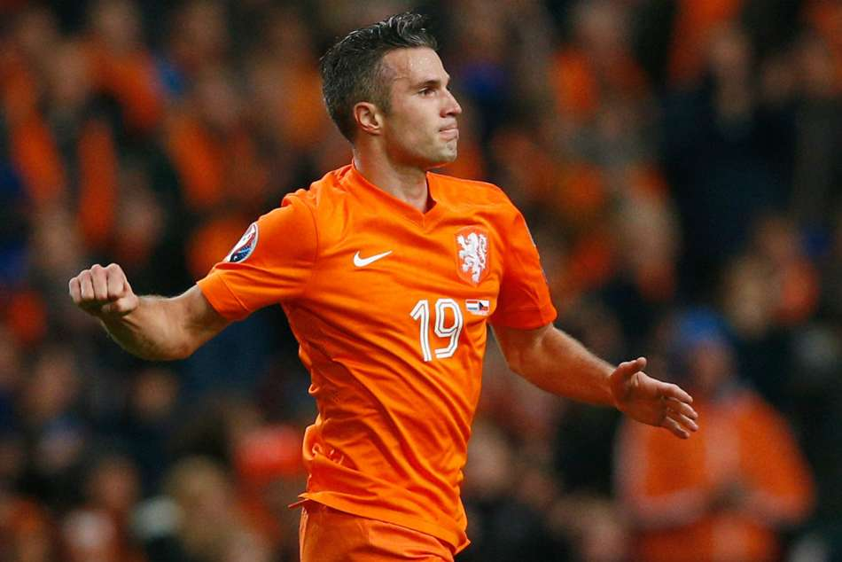 Ronald Koeman Won T Rule Robin Van Persie Netherlands Return