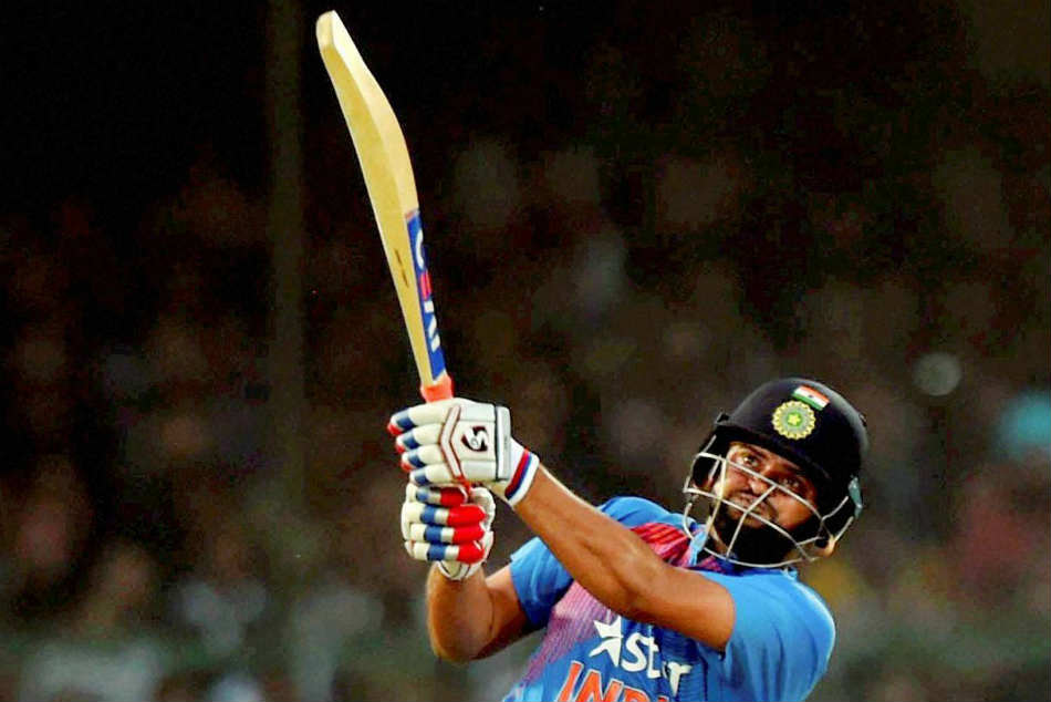 Suresh Raina Is A Fearless Cricketer Says Ravi Shastri