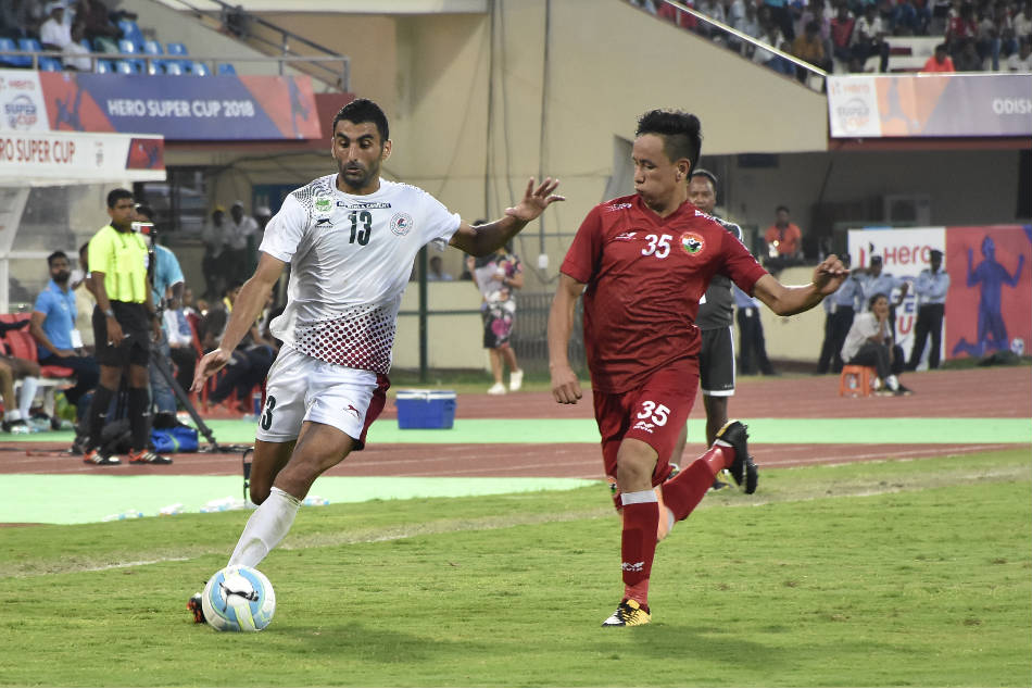 Akram Moghrabi of Mohun Bagan (left) vies for the ball with Shillong Lajongs Kenstar Kharshong during their Super Cup quarterfinal at the Kalinga Stadium in Bhubaneswar on Wednesday (Image: AIFF Media)