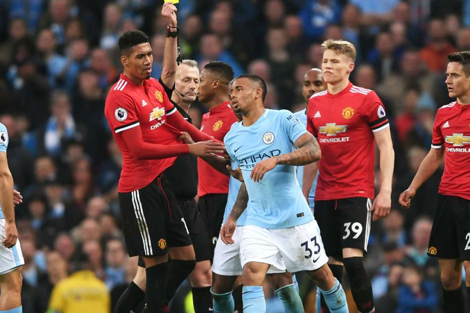 Manchester Citys Gabriel Jesus (centre) disappointed with recent results