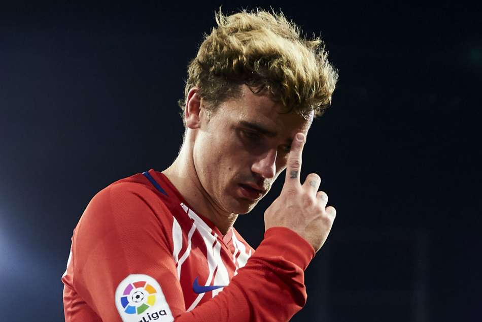 Atletico Madrid forward Antoine Griezmann missed two late chances in defeat to Sporting CP